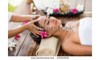 stock-photo-masseur-doing-massage-the-head-of-an-asian-woman-in-the-spa-salon-270515033_list.jpg