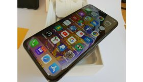 Apple-iPhone-XS-Max-512GB-Space-_57_1_grid.jpg