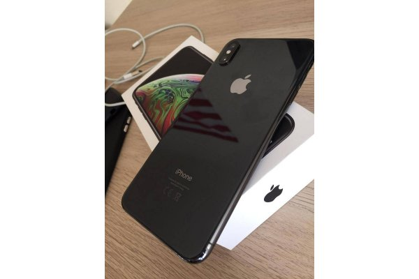5412385862-iphone-xs-max-64gb_gallery.jpg