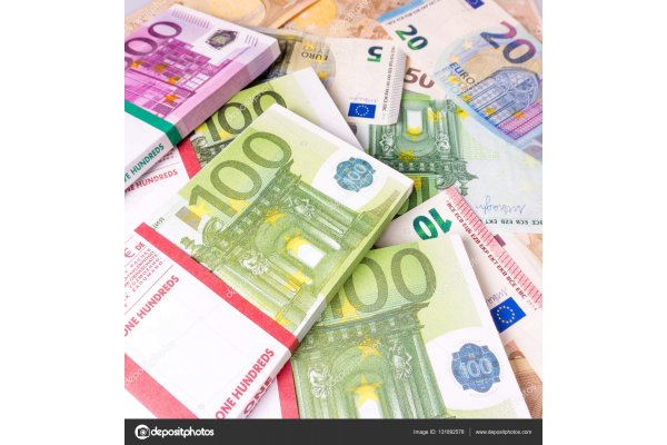 depositphotos_131892578-stock-photo-euro-money-banknotes-euros-money_gallery.jpg